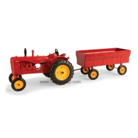 1/16 Massey Harris 44 WF with Flare box wagon