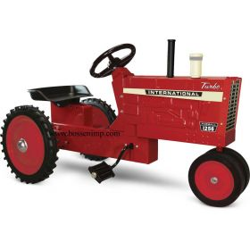 International 1256 NF Pedal Tractor