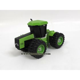 1/32 Steiger Puma 1000 4WD with duals Shelf Model
