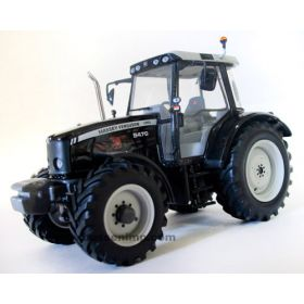 1/32 Massey Ferguson 5470 MFD Fauchi - Black Edition Club P.E.S.