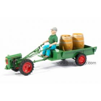 1/32 Holder EDII w/trailer, driver & wine barrels