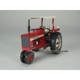 1/16 Farmall 544 NF with Canopy