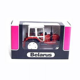 1/43 Belarus tractor in red box