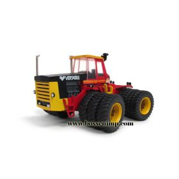 1/64 Versatile 1150 4WD w/triples Chase Unit