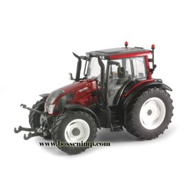 1/32 Valtra N143 HT3 High Detail