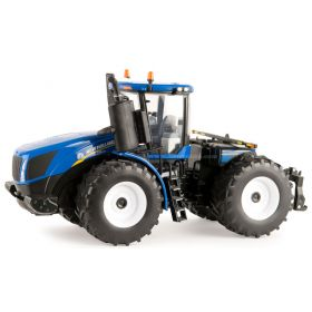 1/32 New Holland T9.700 4WD w/duals Tires Prestige Edition