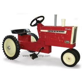 Farmall 1206 NF Pedal Tractor