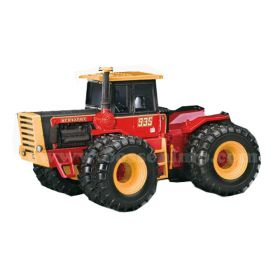 1/32 Versatile 935 4WD with duals '2011 National Farm Toy Show Edition