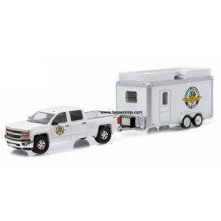 1/64 Chevy Silverado 2015 with IMS Gift Shop trailer