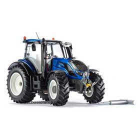 1/32 Valtra T-174 with loader