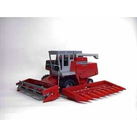 1/16 Massey-Ferguson 850 combine with 2 heads