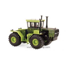 1/32 Steiger Cougar 4WD with Special Cougar Graphics