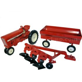 1/16 International 544 with wagon and plow set