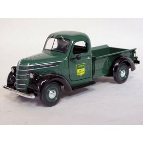 1/25 International D2 Pickup Oliver Sales & Service