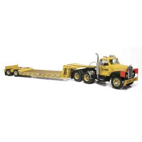 1/25 Mack B with lowboy trailer Case