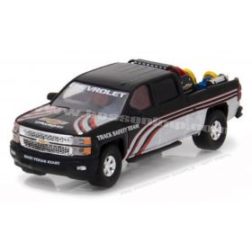 1/64 2015 Chevy Silverado Pickup with safety equipment