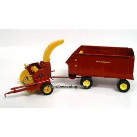 1/16 New Holland Forage Harvester w/Wagon Set