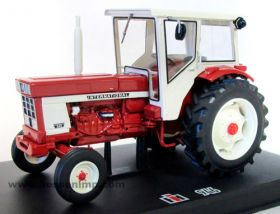 1/32 International 946 2WD w/cab