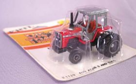 1/64 Massey Ferguson 699 2WD with duals