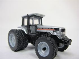 1/64 Agco-White 6175 MFD with duals 1999 Farm Show Edition