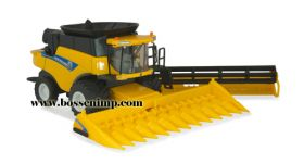 1/64 New Holland Combine CR-8090 with 2 heads