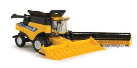 1/64 New Holland Combine CR8.90 with duals & 2 heads