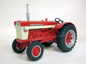 1/16 International 660 '99 National Farm Toy Show Edition