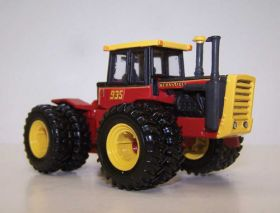 1/64 Versatile 935 4WD with duals '11 Toy Farmer