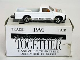 1/64 Chevy Pickup '91 Case IH Trade Fair
