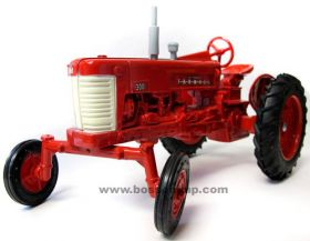 1/16 Farmall 300 WF with white grille
