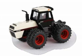 1/64 Case 4894 4WD with duals Prestige Series