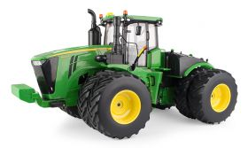 1/16 John Deere 9620R 4WD with duals revised engine covers
