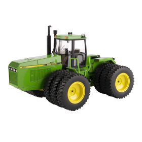 1/32 John Deere 8560 2020 National Farm Toy Museum