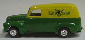 1/25 John Deere '50 Chevy Panel Bank