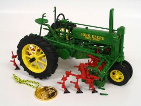1/16 John Deere A NF unstyled on rubber with Cultivator Precision