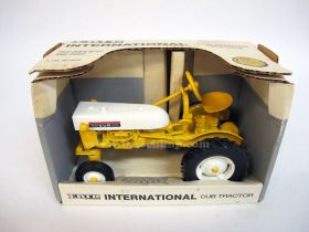 1/16 Farmall Cub #6 in series yellow