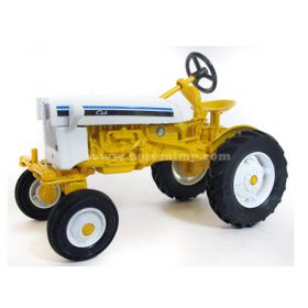 1/16 Farmall Cub #5 in series Collector Edition yellow