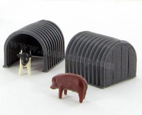 1/64 Hog or Calf Hut Quonset Set of 2