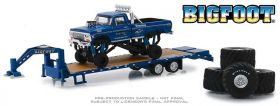 1/64 Ford Pickup F-250 1974 Big Foot on Trailer