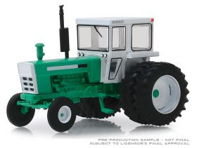 1/64 Oliver 2270 w/duals 1972 Series 3