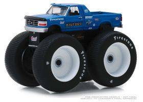 1/64 Ford Pickup F-250 1974 Big Foot with hugh tires Series 4