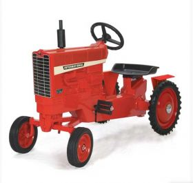 International 1456 WF Pedal Tractor