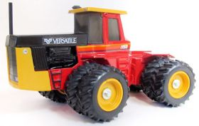 1/32 Versatile 1150 with duals '85 National Canadian Show