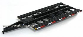 1/64 Combine Trailer-bumper hitch pull type with out ramps Alumium