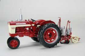 1/16 Farmall 340 NF Diesel with International #251 Planter