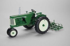 1/16 Oliver 660 NF with Spring Tooth Harrow