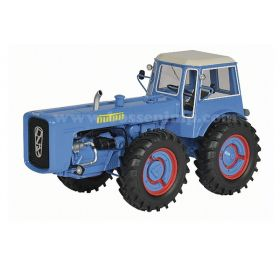 1/32 Dutra D4K 4WD with cab