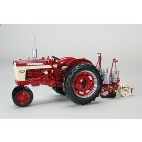 1/16 Farmall 340 NF with International #251 Planter